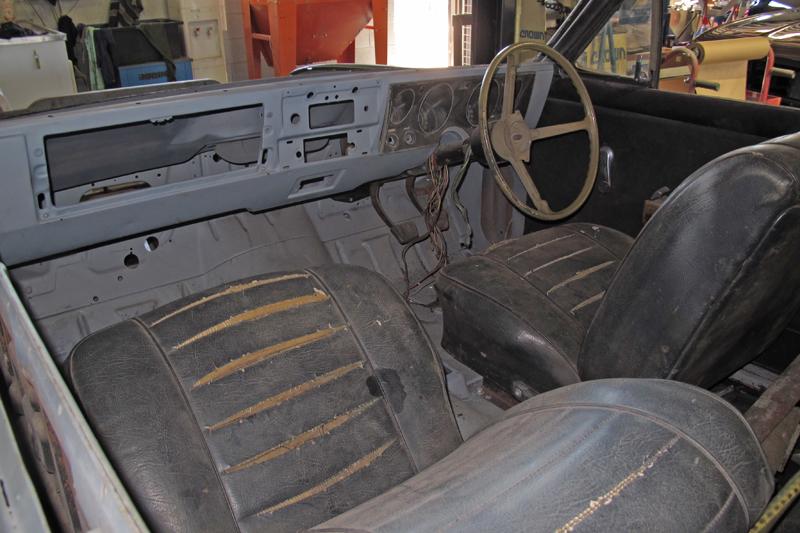 1970 Holden HG Monaro GTS - Ol' School Garage - Restoration (7).jpg