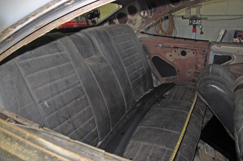 1970 Holden HG Monaro GTS - Ol' School Garage - Restoration (25).jpg