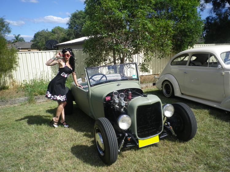 1930 Ford Model A Roadster - Ol' School Garage (13).jpg
