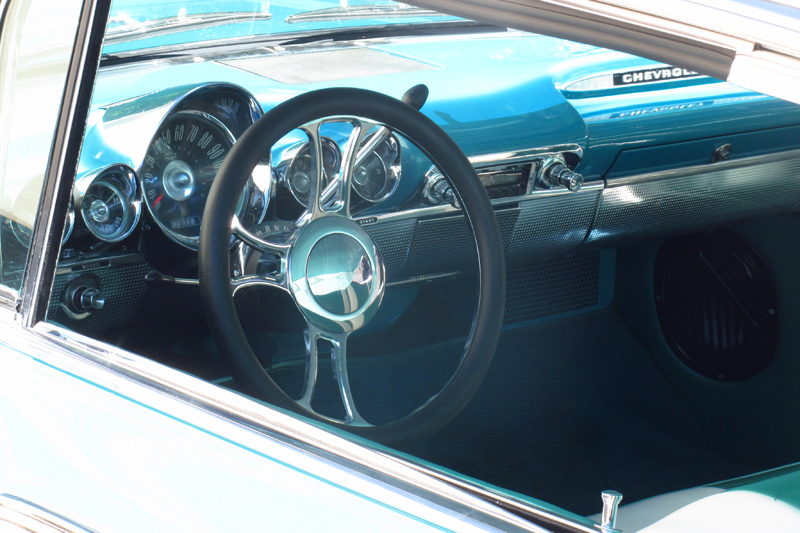 1960 Chevrolet Impala Bubbletop (41).jpg