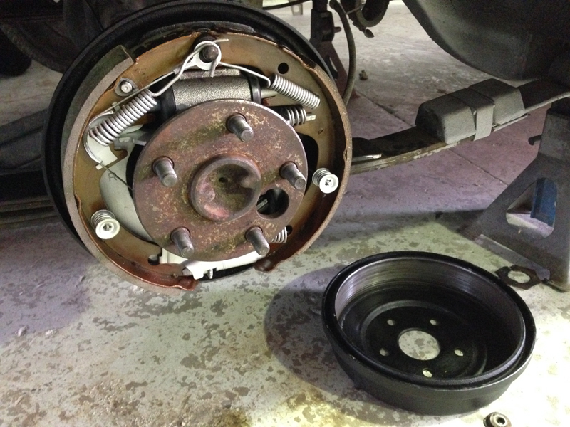 Ford Fairlane Restoration - Ol' School Garage (28).jpg