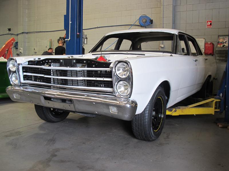 Ford Fairlane Restoration - Ol' School Garage (6).jpg