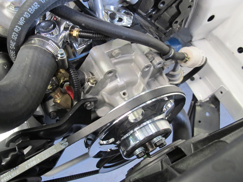 Ford ZC Fairlane restoration - Brisbane (11).jpg
