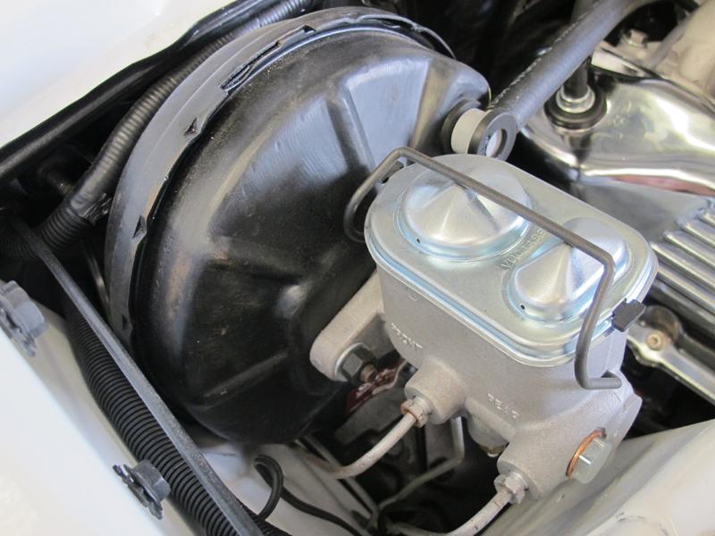 Ford ZC Fairlane restoration - Brisbane (14).jpg