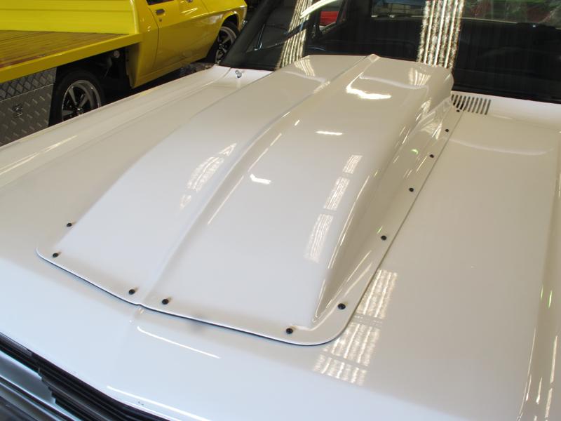 Ford ZC Fairlane restoration - Brisbane (21).jpg
