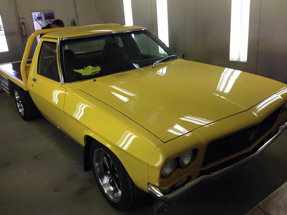 Holden HJ Ute Yellow tonner (2).jpg
