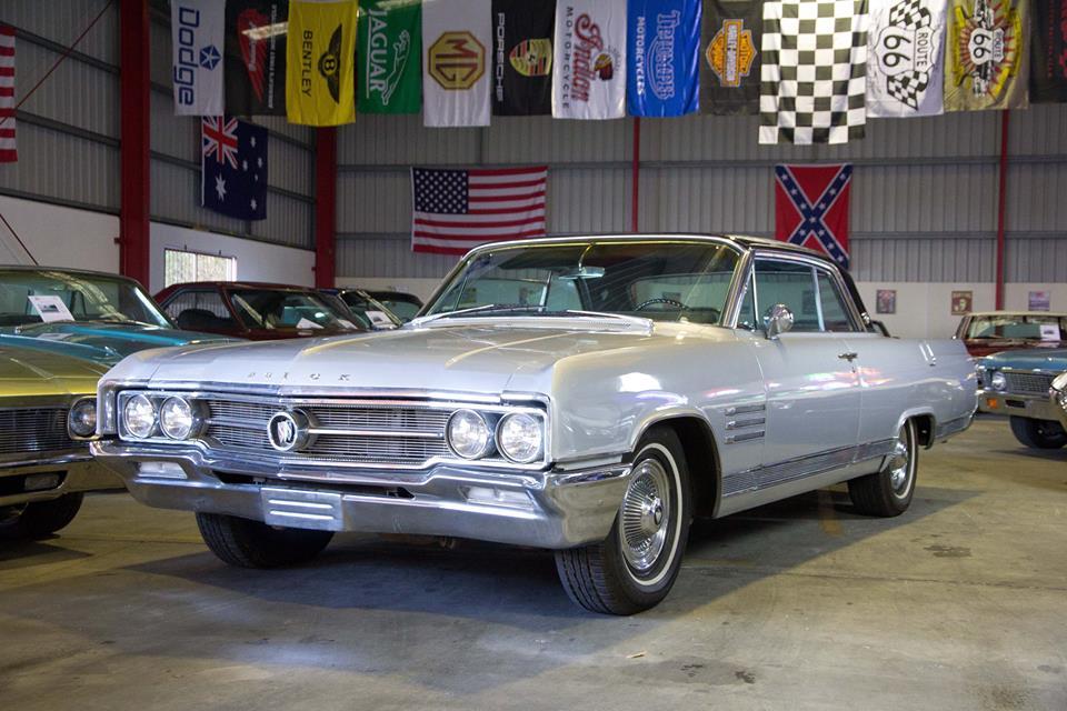 Buick Wildcat 1964 (2).jpg