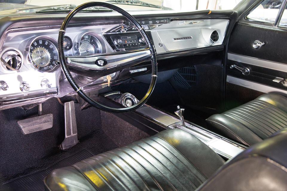 Buick Wildcat 1964 (4).jpg