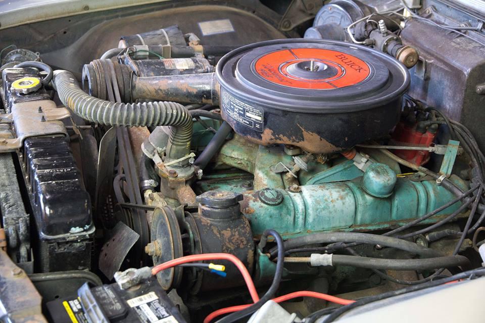 Buick Wildcat 1964 (3).jpg