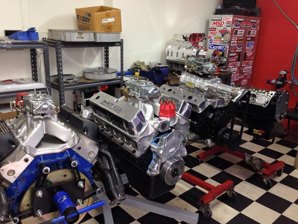 V8 engine build - ol' school garage (2).jpg