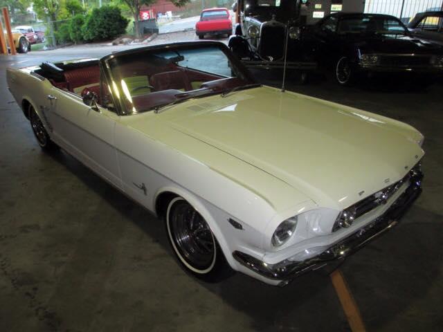 1965 Ford Mustang Convertible (4).jpg