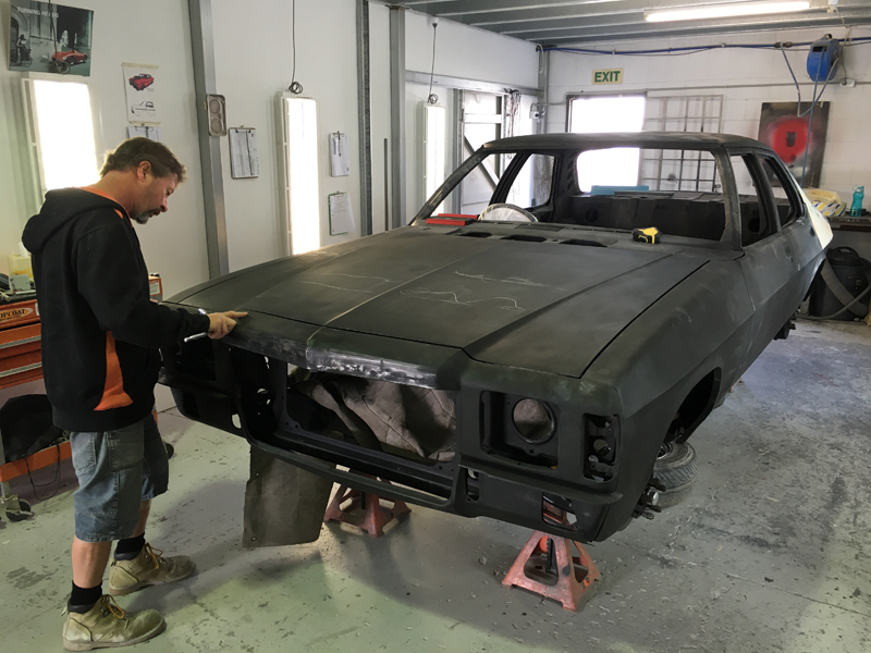 restoration of holden hj gts sedan (1).jpg