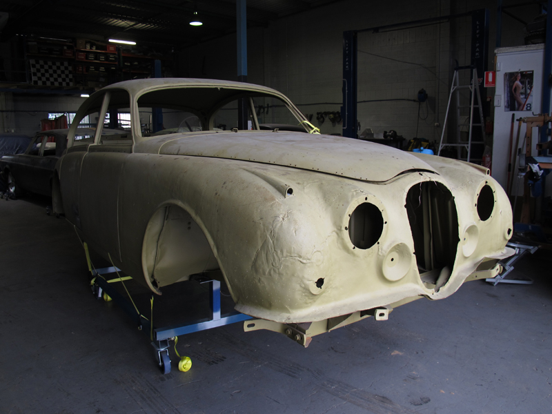 1963 Jaguar Sedan Mk 2 II rust repair restoration (11).jpg