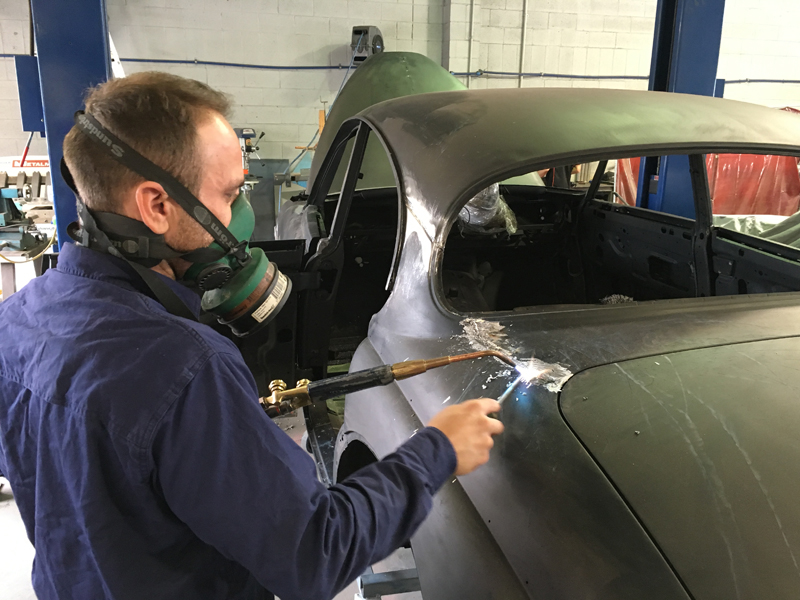 1963 Jaguar Sedan Mk 2 II rust repair restoration (35).jpg