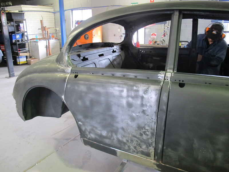 1963 Jaguar Sedan Mk 2 II rust repair restoration (39).jpg