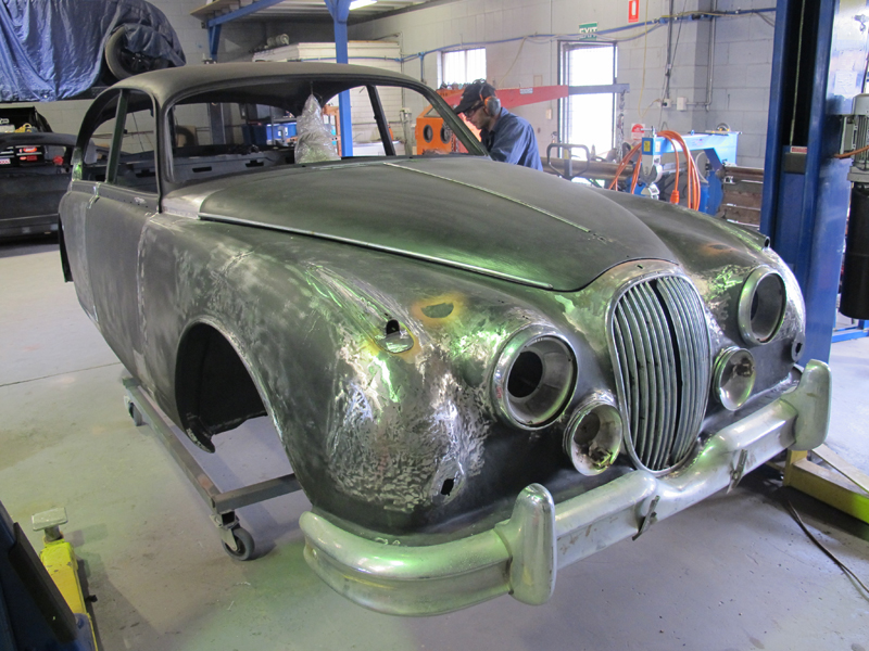 1963 Jaguar Sedan Mk 2 II rust repair restoration (36).jpg