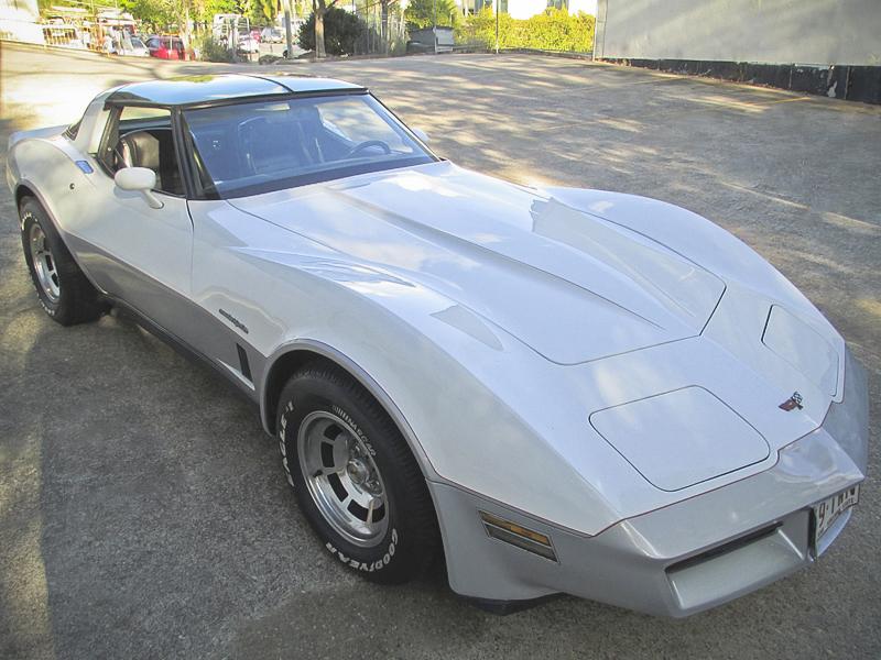 1982 Chevrolet Corvette - ol school garage (4).jpg