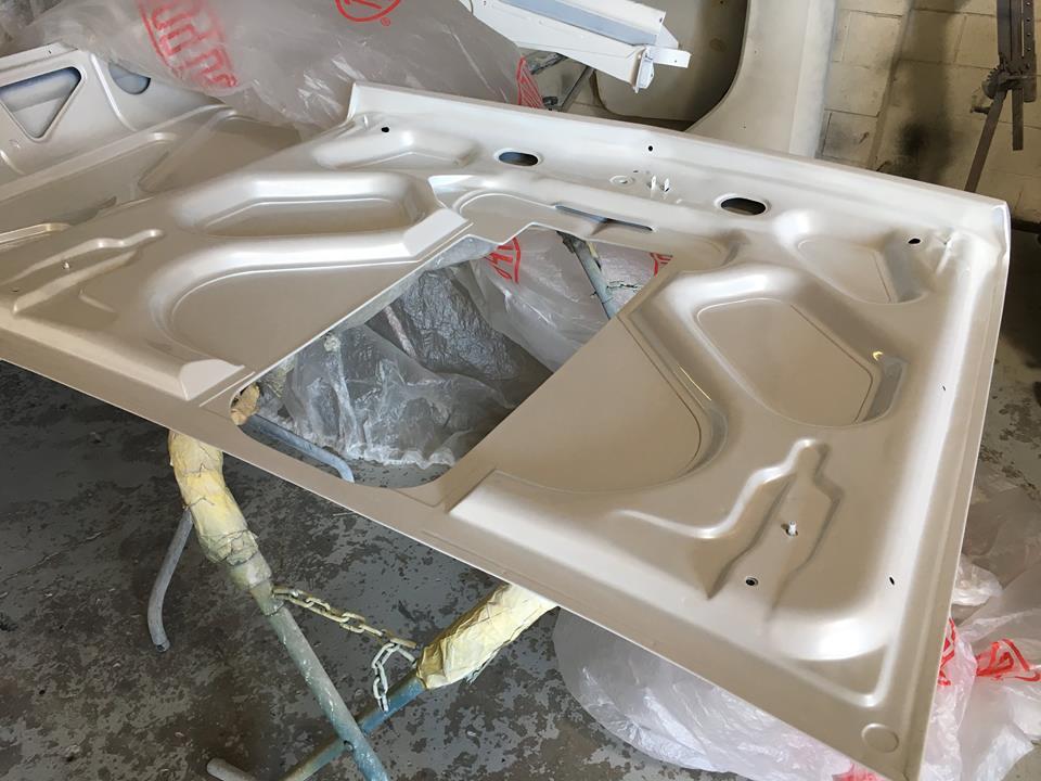 Holden EH sedan - Ol' School Garage - Three layer pearl paint (4).jpg