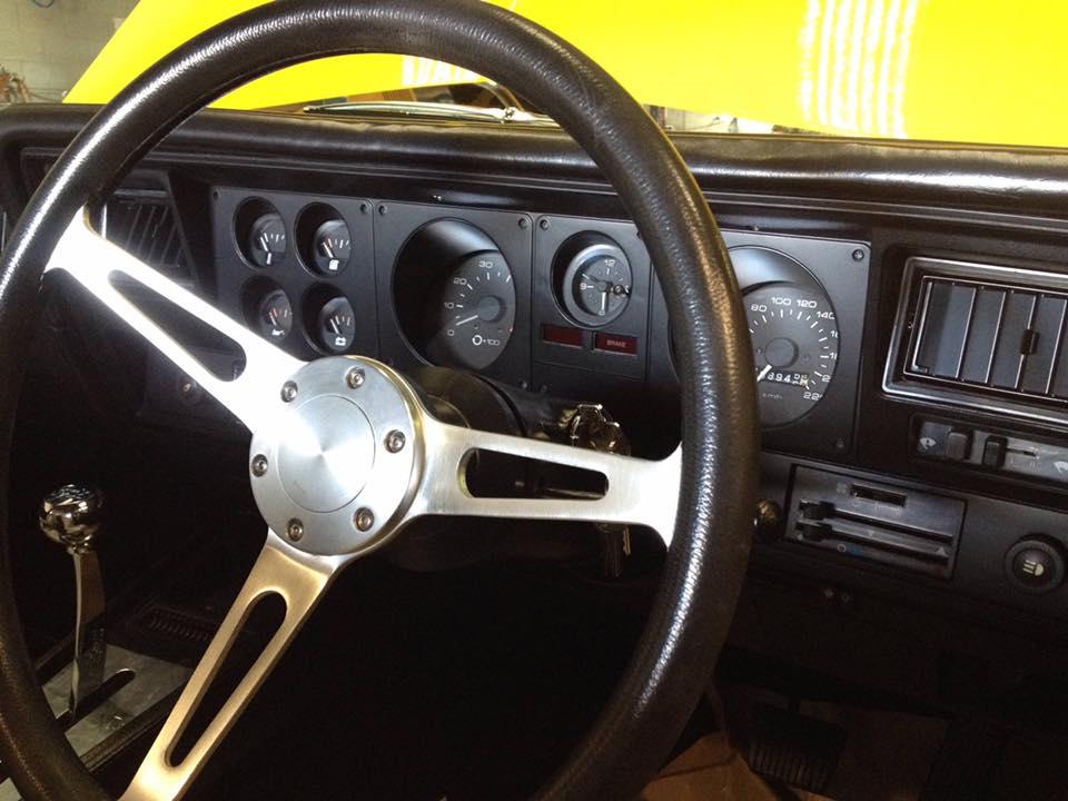 Holden HJ UTE TONNER - Ol' School Garage - Queensland (3).jpg