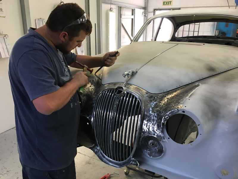 Jaguar Saloon II Restoration (2).jpg