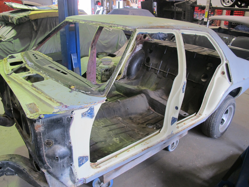 HQ Holden Restoration Rebuild Project (10).jpg