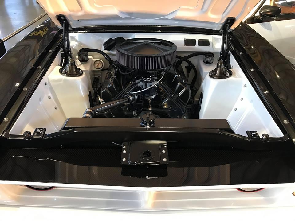 Motorex Sydney 2017 - Ford Falcon XB 4 door (2).jpg
