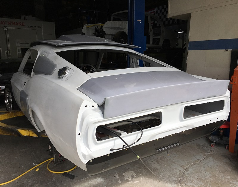 1967 Elanor body kit fibreglass - Mustang Depot (1).JPG