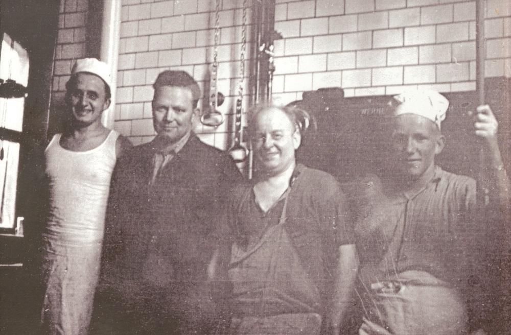 Firmengründer Wilhelm Pappert (Zweiter von rechts) mit seinem Sohn Josef (von links), Edmund Bickert und Paul Hahl.