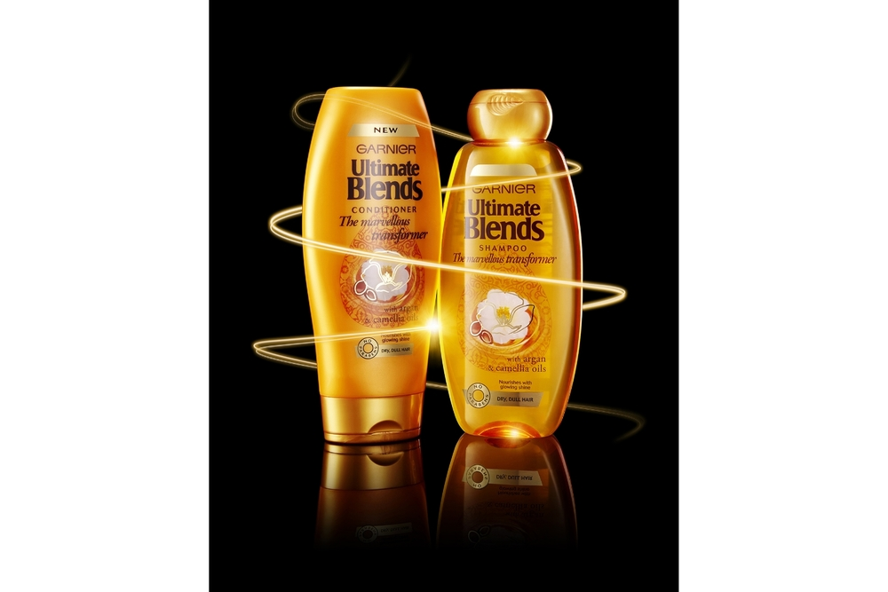 Advertising Garnier Ultimate Blends Shampoo & Conditioner