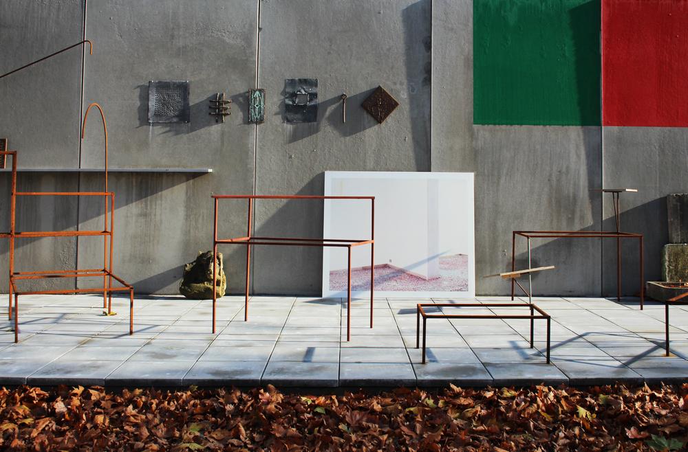 Drie generaties Van Severen Dan Van Severen (abstracte schilderkunst, 1927-2009) - Maarten Van Severen (ontwerper, 1956-2005) - David Van Severen (architectuur, 1978) + Kersten Geers (1975) - Hannes Van Severen (beeldhouwer, meubelontwerper, 1979) + Fien Muller (1978)