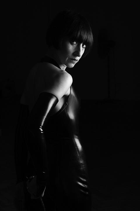 nuit_rubber_3.jpg