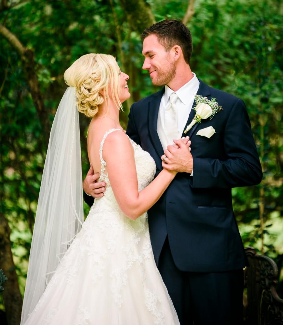 Amanda & Aaron-0471.jpg