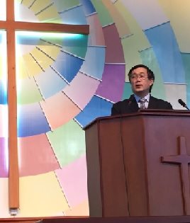 Peter Lim as guest preacher at the Fumen Church