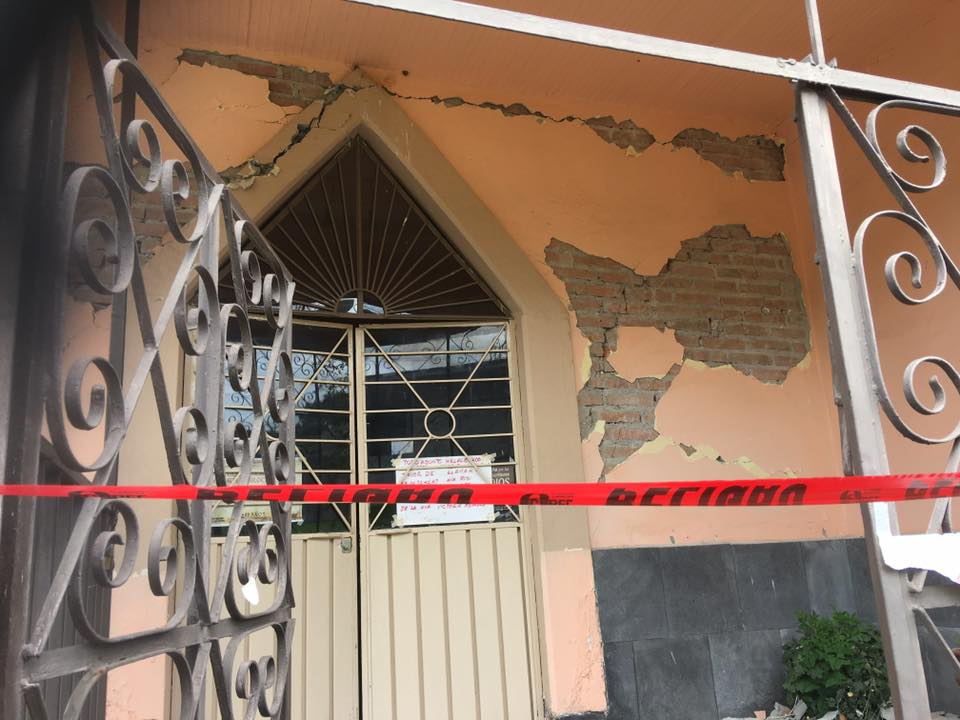 Damage to the structure of 120-year-old Divine Redeemer Presbyterian Church in Ecatzingo