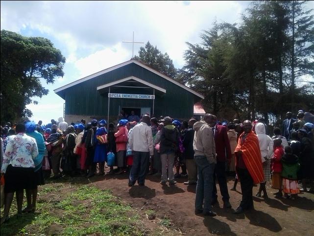 Enengetia church congregation.png