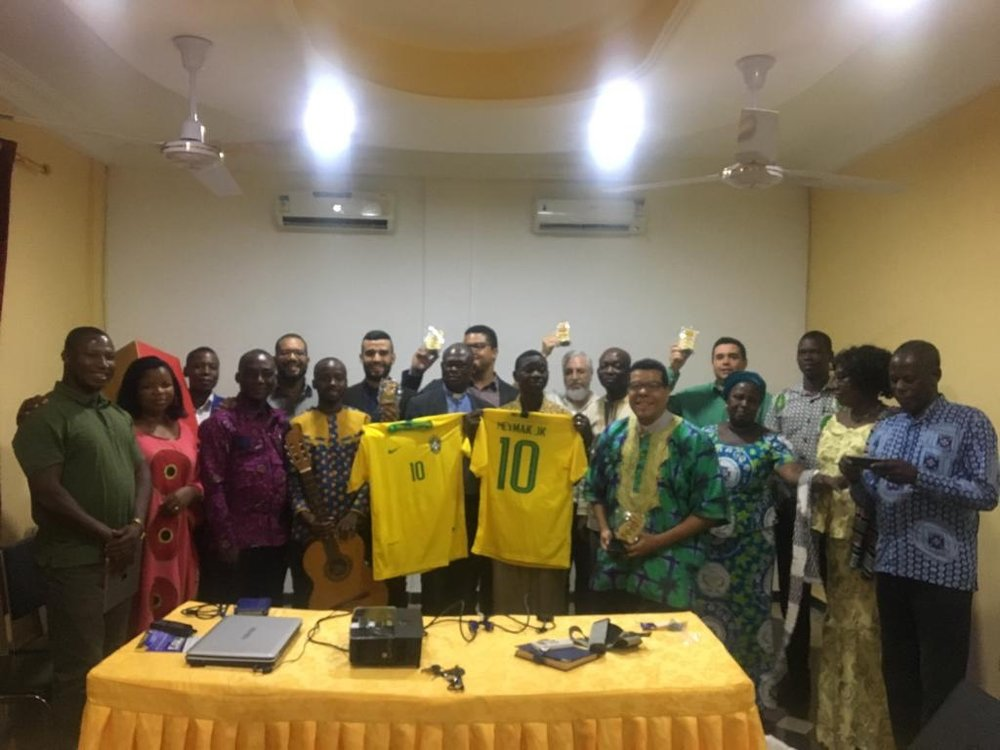 Leadership council of the Upper Presbytery with jerseys of the Brazilian soccer team