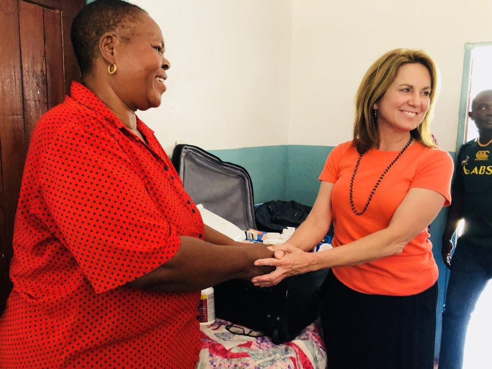 Namumu clinic nurse Rudia Mwela and Jennifer Ellis
