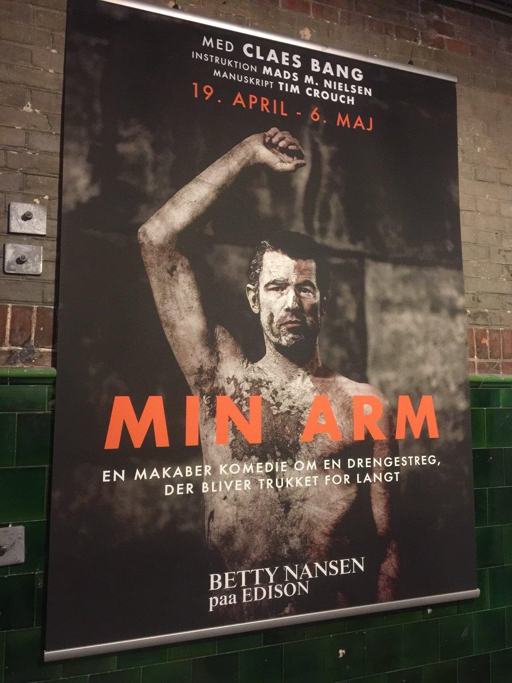 Kæmpe banner til Min Arm på Edison 2017