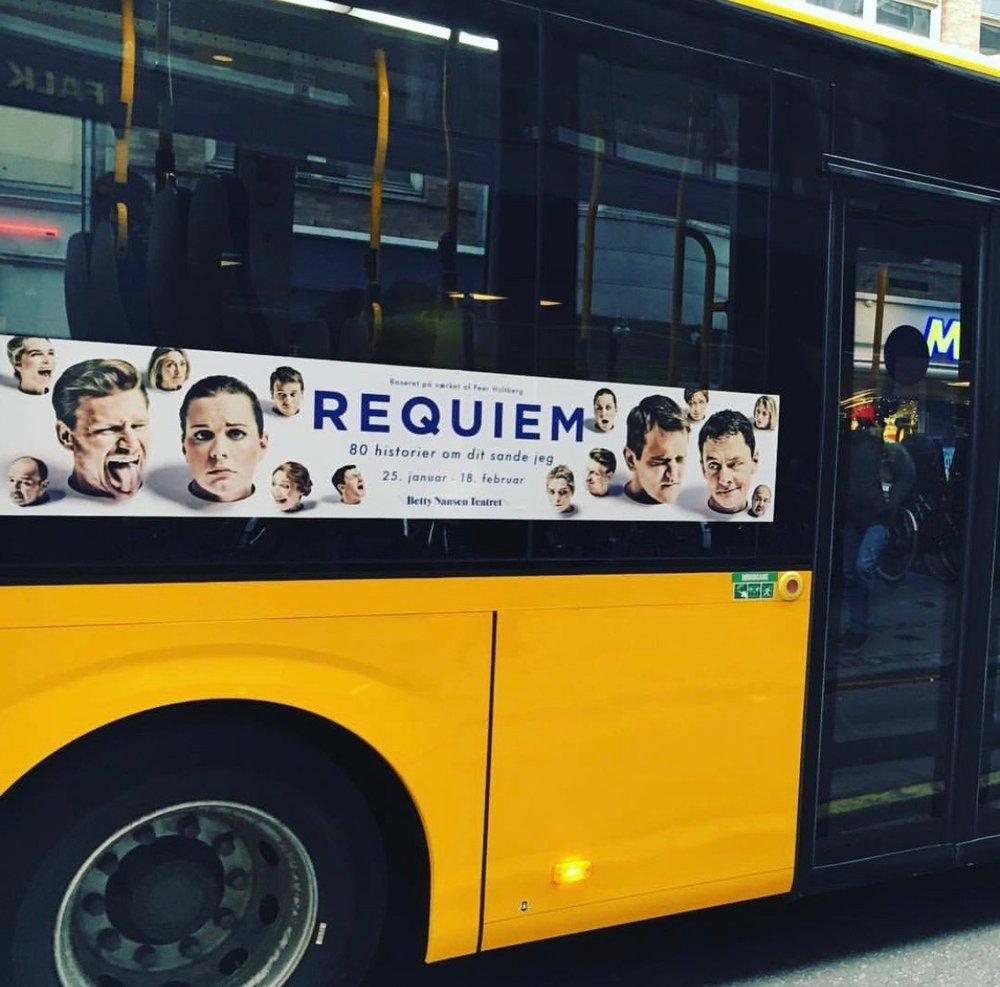 Busreklamer til Requiem 2018