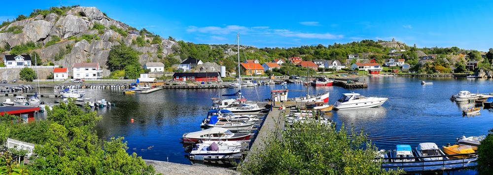 Indre havn i Ula. Klikk på bildet for å forstørre.