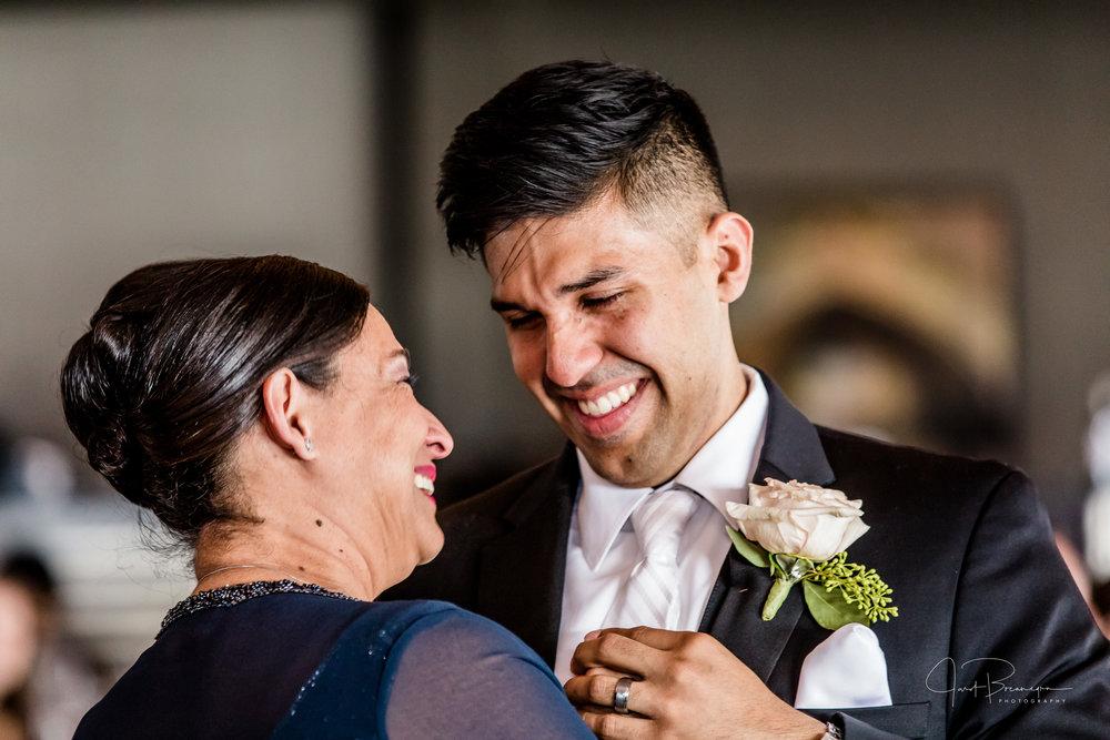 2017_04_15_Kimberlyn & Daniel Wedding -391.jpg