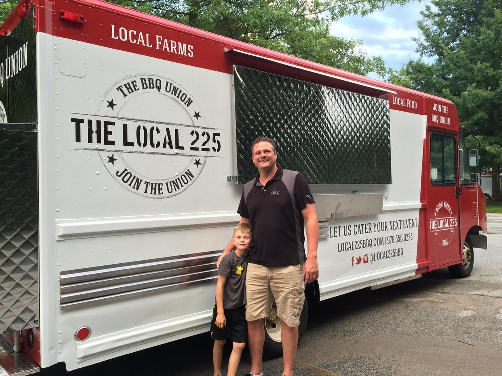 Local225FOODTRUCK_mattjohn.jpg