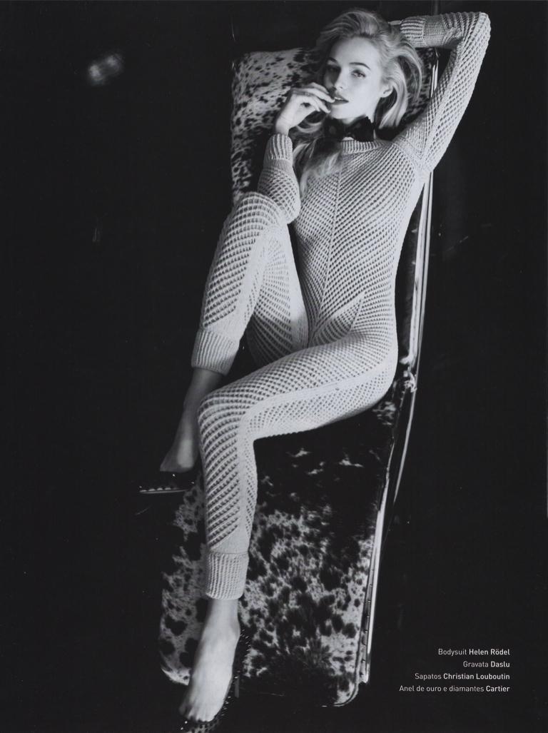 Valentina Zelyaeva Clipping, 2011.