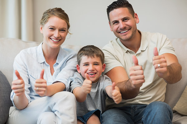 solar-power-brisbane-happy-family