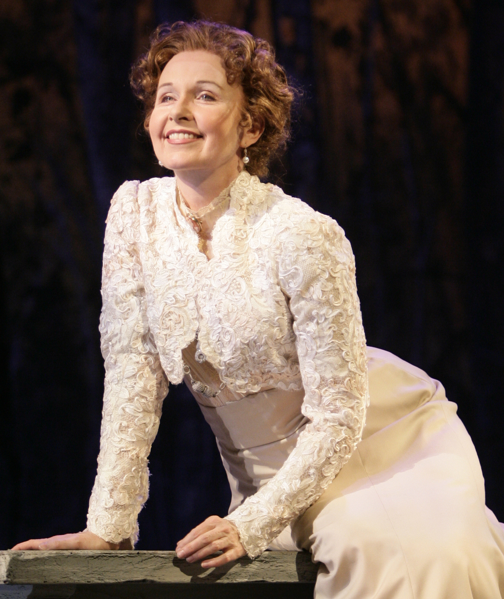 "Kate Burton, ""The Cherry Orchard"" at Huntington Theatre"