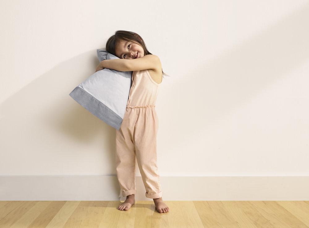 20180430_CASPER_50_Nap_Pillow_Hug-1798.jpg