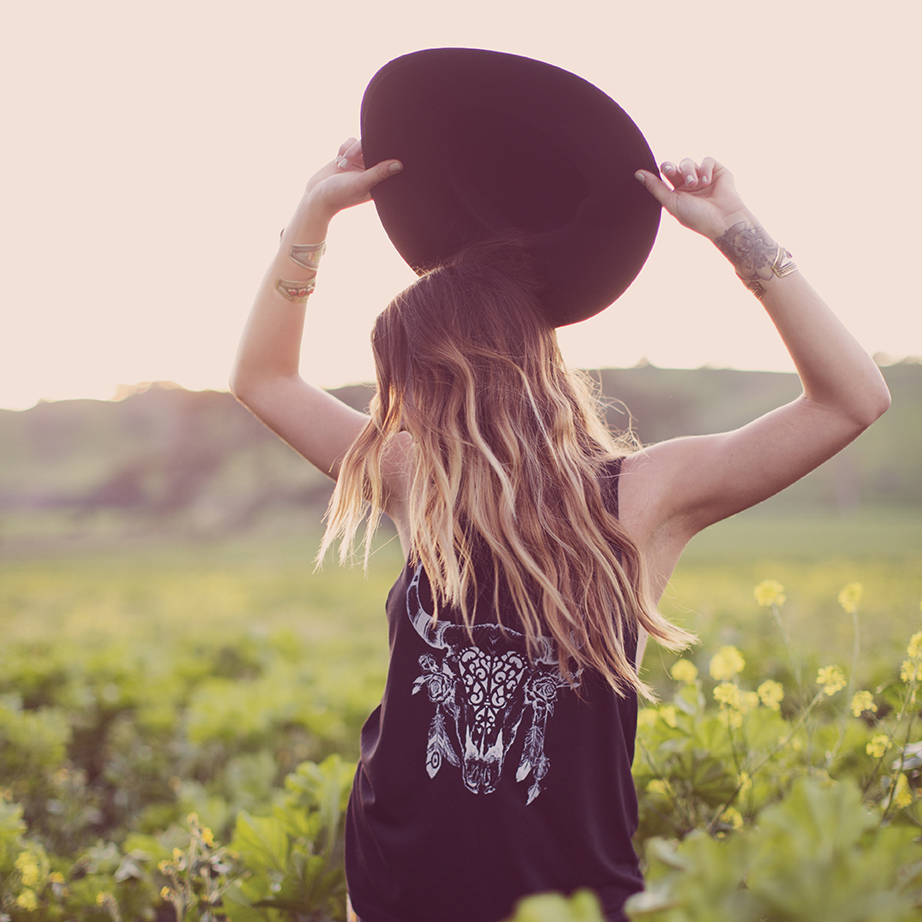 LookBook - Wild and Free Jewelry - T-shirts