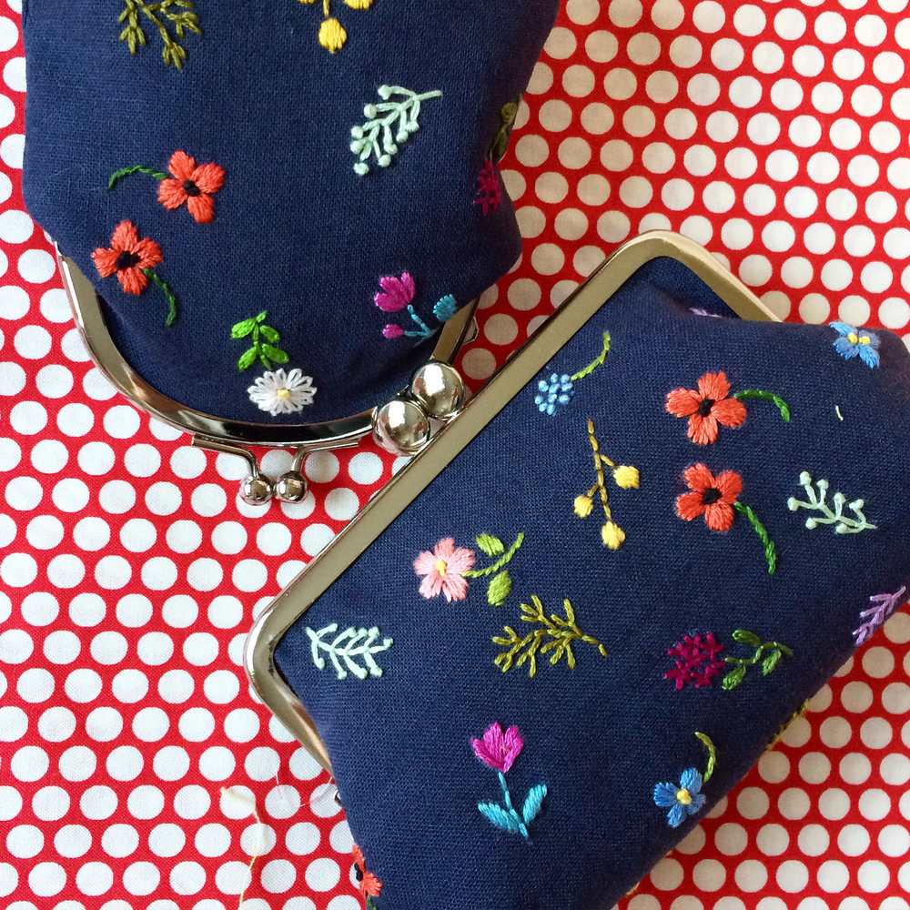 2015_12_16 embroidered flower purses.jpg