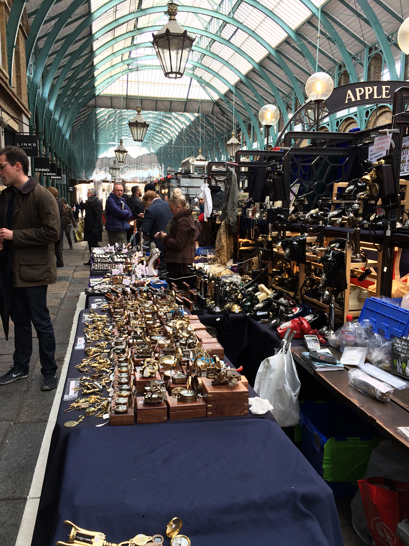 The Apple Market in Covent Garden had all sorts of crafts and antiques. T bought a hand-crafted miniature guitar.