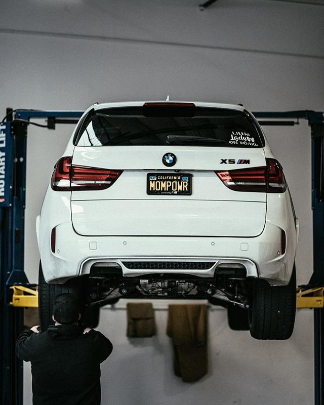 You know what they say....#happywifehappylife  #enthusiastpowered photo by @misscourtneymae #performancetechnic #bmwm #bmwx5m